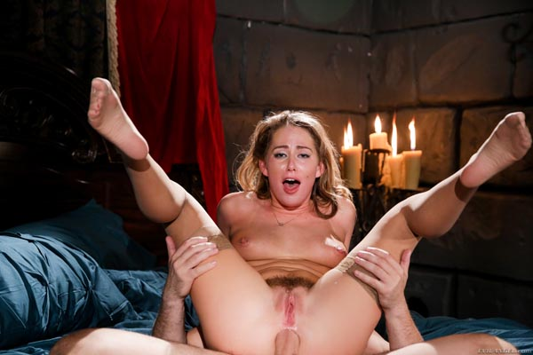 Carter Cruise Wide Open