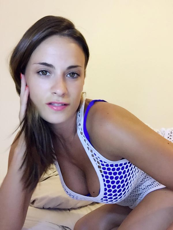 Claire Castel Webcam
