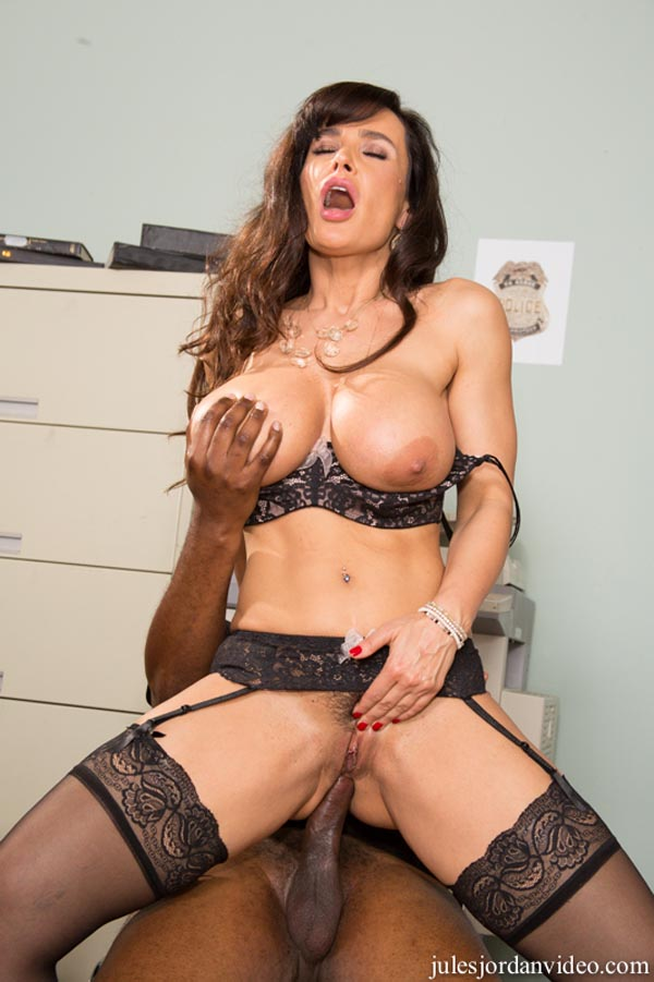 Lisa Ann\'s Black Out 2