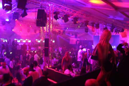 soir�e au VIP Room du Palm Beach